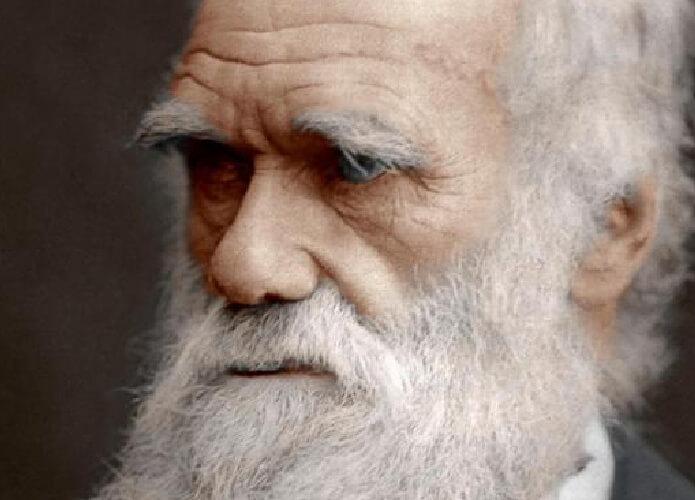 Charles Darwin Bapak Evolusi Dunia