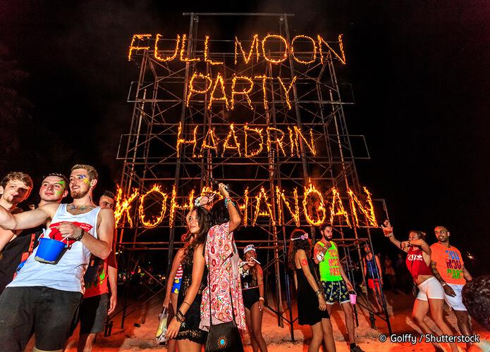 Full Moon Party di Sunrise Beach