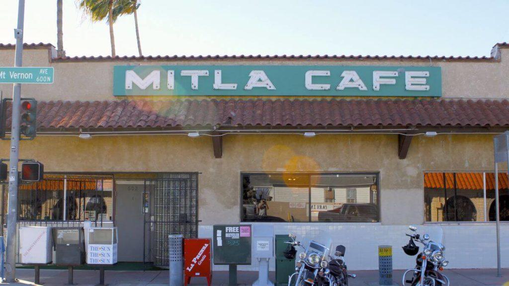 sejarah taco bell - Mitla Cafe, Awal Mula Taco Bell Tercipta
